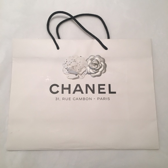 c6f317f3c6fc CHANEL Handbags - White Chanel Shopping bag from rue cambon holiday